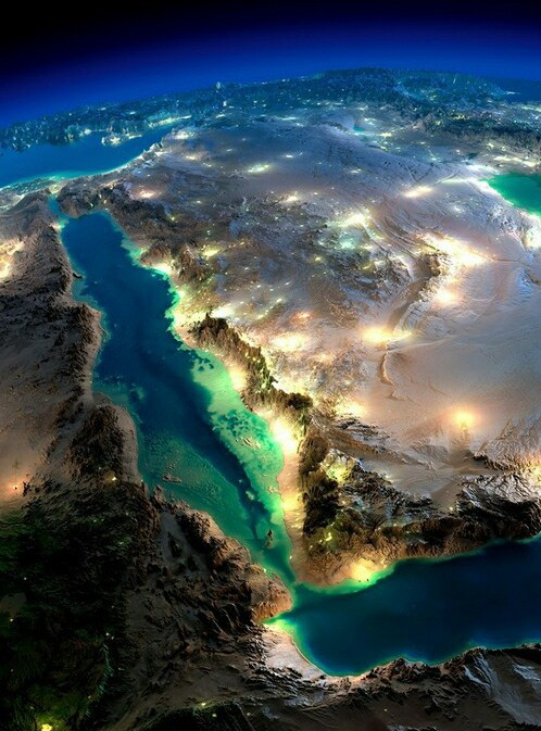 Seen from Outer Space - Amazing picture of beautiful Saudi desert with cities big and small glistening in the night