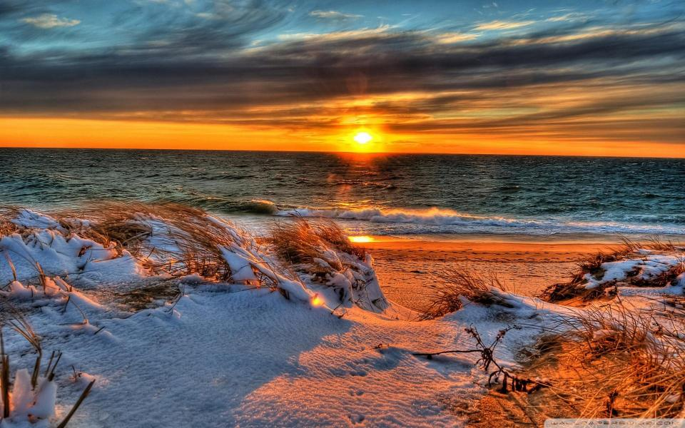 snowy-beach-in-sunset-wallpaper-531b4ca0a32c5